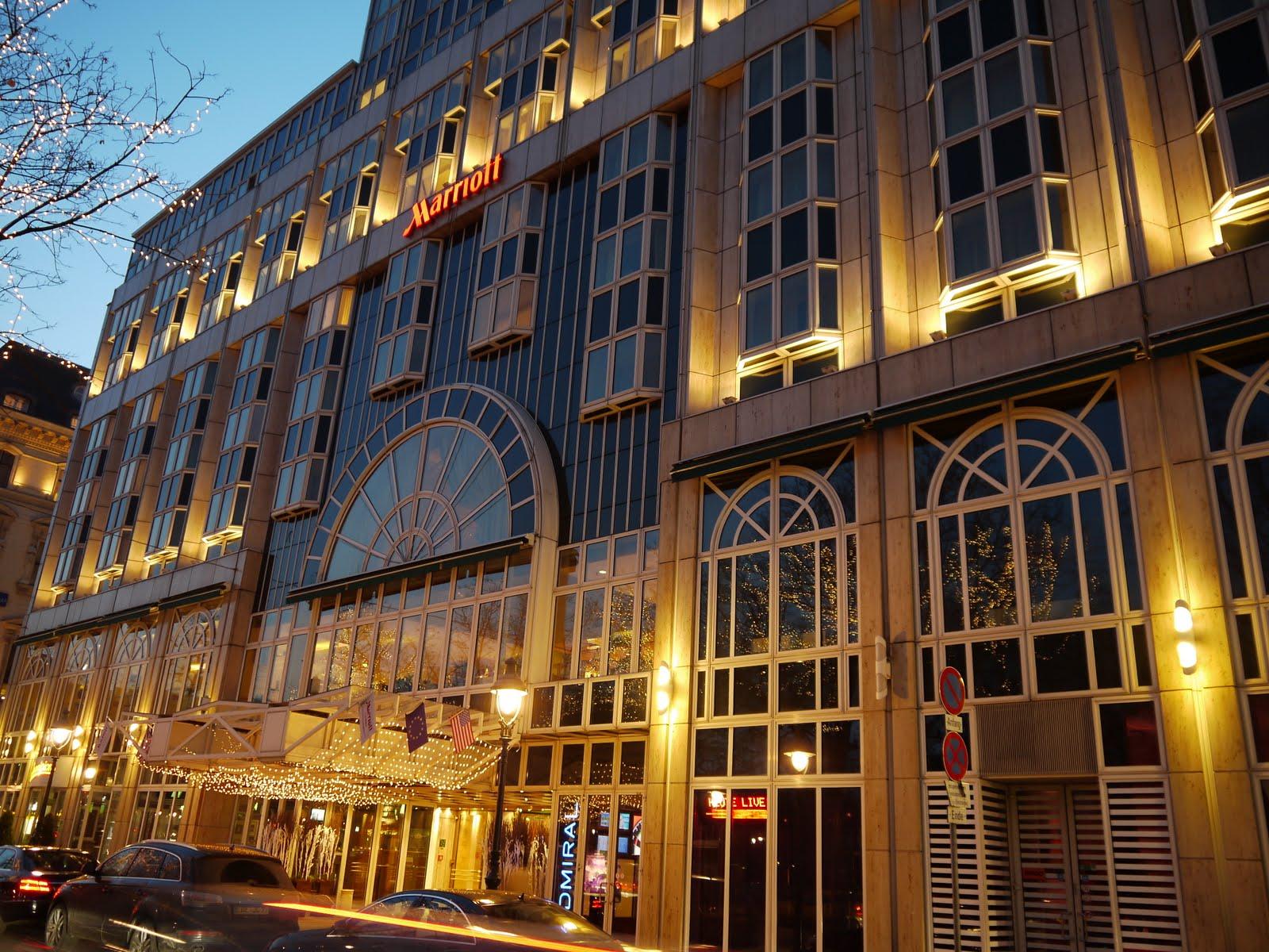 https://vlast.kz/files/art/2416/Hotel_Marriott_Vienna.jpg