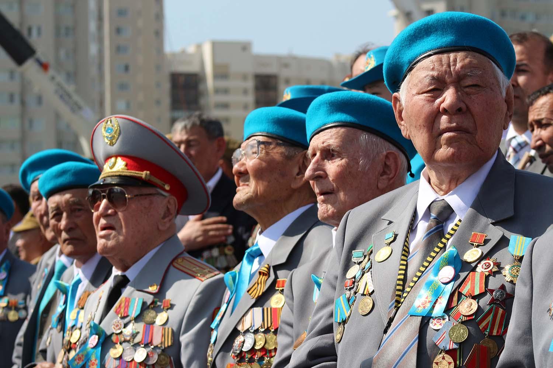Россияне назвали странами-друзьями белоруссию и китай, а врагами - сша и украину