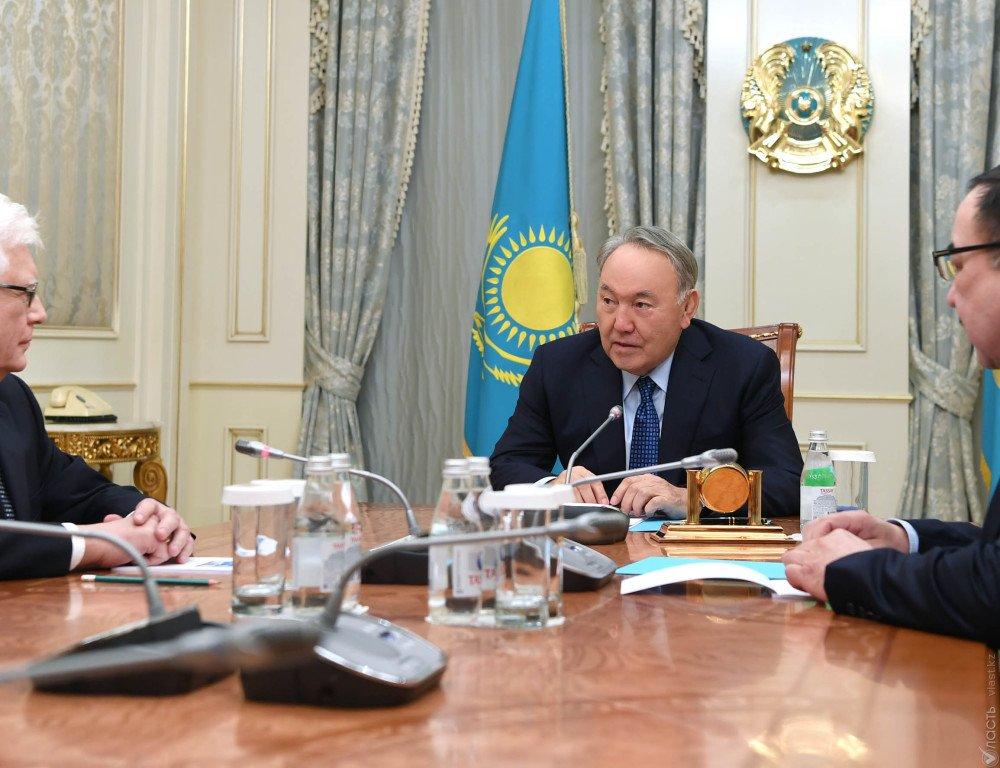Президент Казахстана наградил русского посла орденом Дружбы