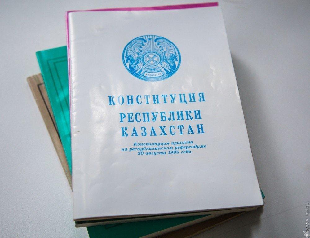 Нурсултан Назарбаев подписал поправки по задачам дорожного движения