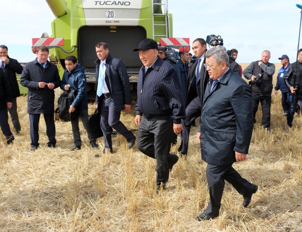 Назарбаев прибыл срабочим визитом вАлматинскую область