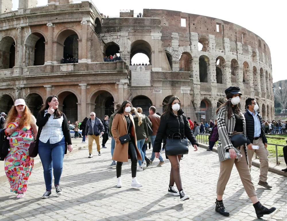 В Европе осудили решение Италии открыть границы для граждан ЕС