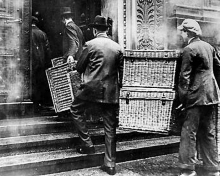 problems of weimar germany 1919 1924 Economical crises hyperinflation in the weimar republic between 1921 and 1924 and then what were the problems the weimar in germany deprived the weimar.