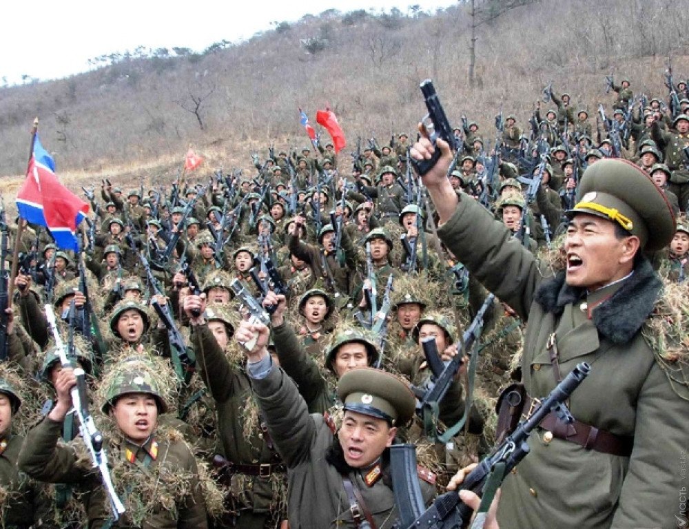 ВЯпонии призвали усилить давление наКНДР после ракетных пусков