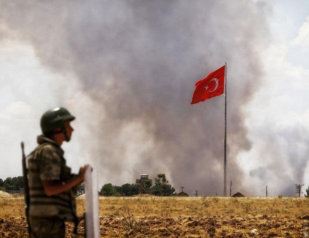 Турция нанесла авиаудары покурдам вСирии иИраке