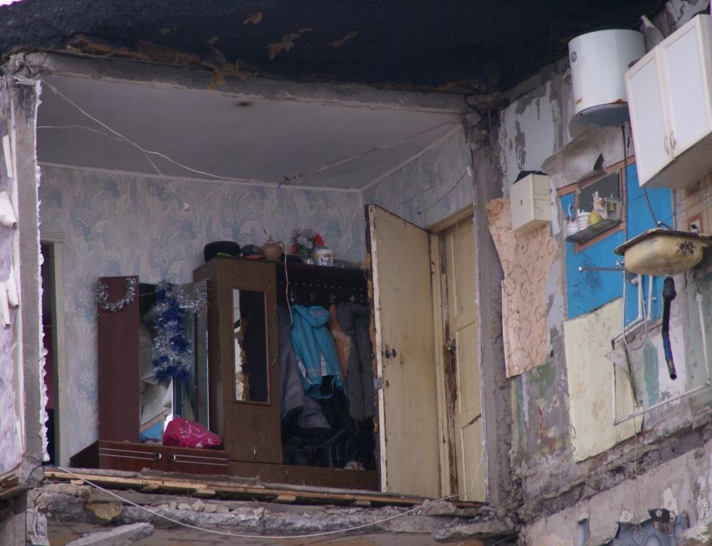 Поисково-спасательные работы наместе обрушения дома вКазахстане завершились