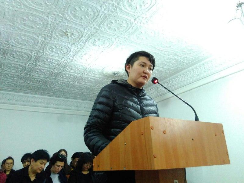 Активистов, вывесивших баннер о выборах, арестовали на 15 суток